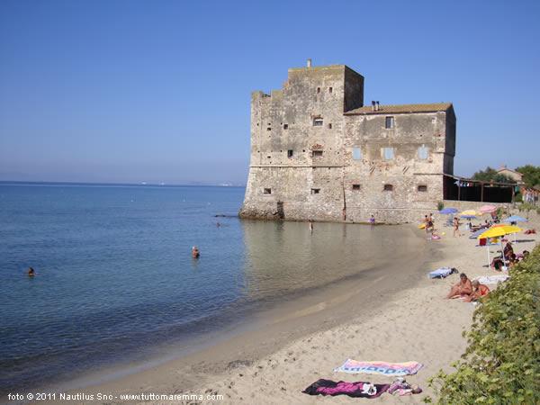 Follonica beaches - Torre specchia spiaggia ...