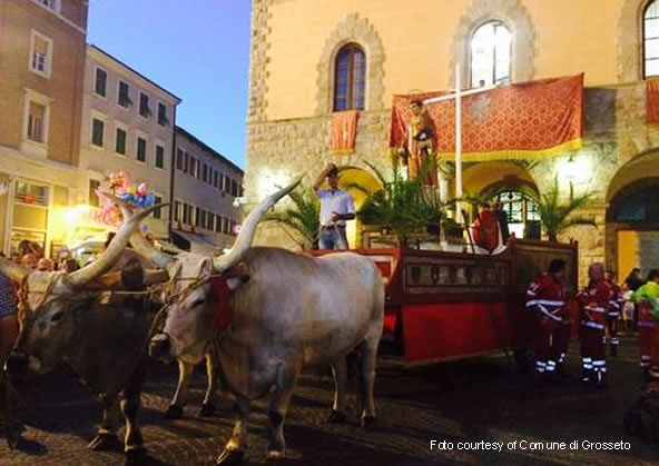 Traditional Procession in honour of the Patron Saint Lorenzo