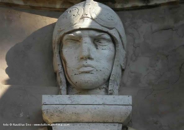 Orbetello - Parco delle Crociere - mausoleo dei Trasvolatori