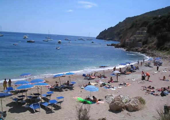 acqua dolce beach