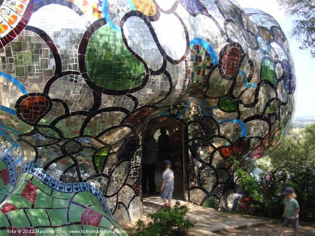 Giardino dei tarocchi capalbio - Il giardino dei tarocchi ...