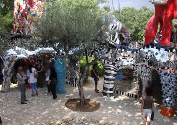 Tarot garden