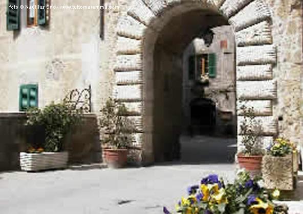 Sorano – Arco del Ferrini